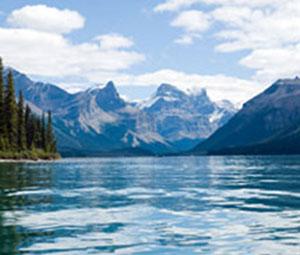 Maligne-Lake-Jasper300x255